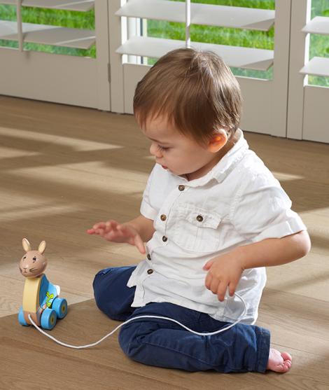 Jucarie de tras, Orange Tree Toys, Peter Rabbit, din lemn, multicolor