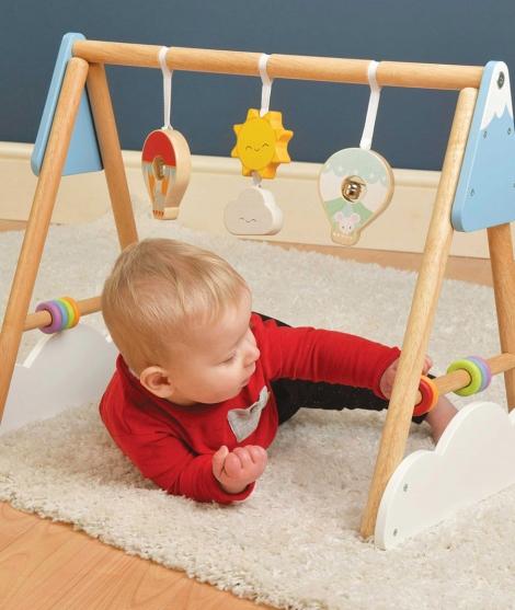 Centru de activitati, Le Toy Van, Baby Gym, cu jucarii zornaitoare, din lemn