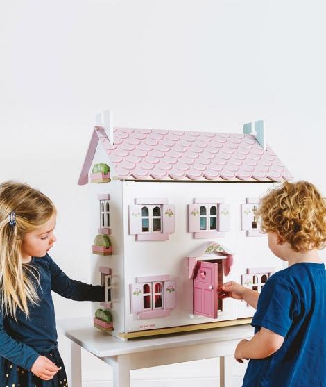 Casuta de papusi a Sofiei, Le Toy Van, roz, din lemn