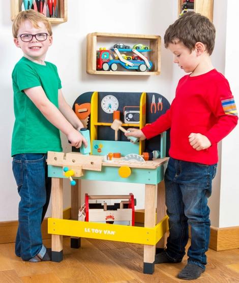 Banc de lucru, Le Toy Van, din lemn, 12 piese, 3 ani+