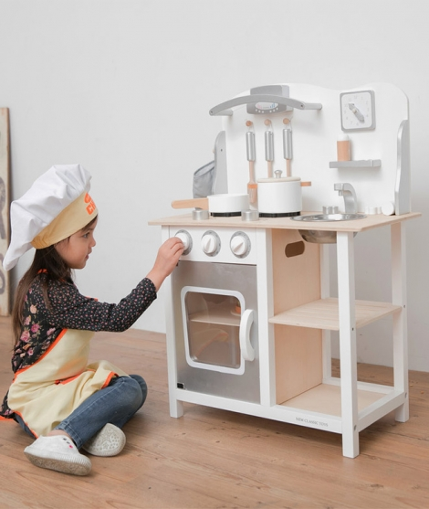 Bucatarie din lemn, New Classic Toys, Bon Appetit, alb-argintiu
