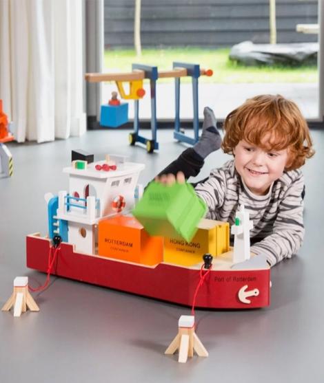 Vas salupa din lemn, New Classic Toys, cu 4 containere