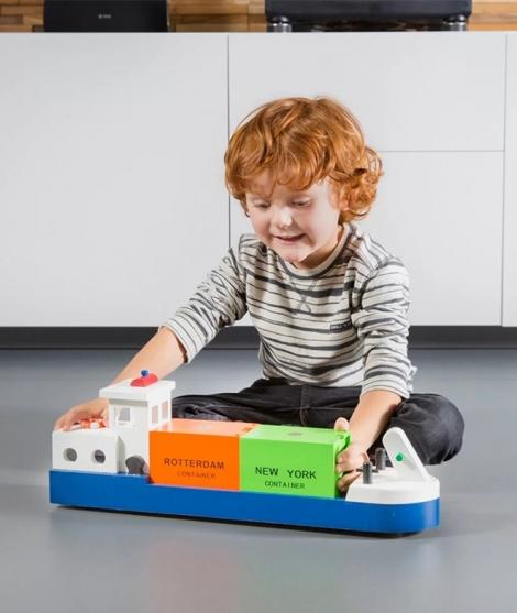 Vas salupa din lemn, New Classic Toys, cu 2 containere