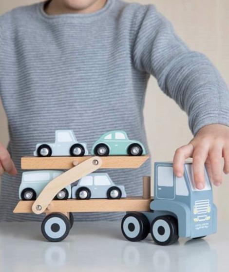 Camion cu platforma, Little Dutch, din lemn, cu masinute