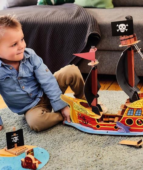 Set de joaca, Janod, corabia piratilor, din lemn